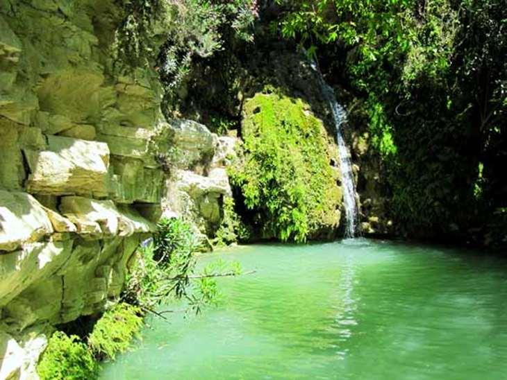 купальня и водопад