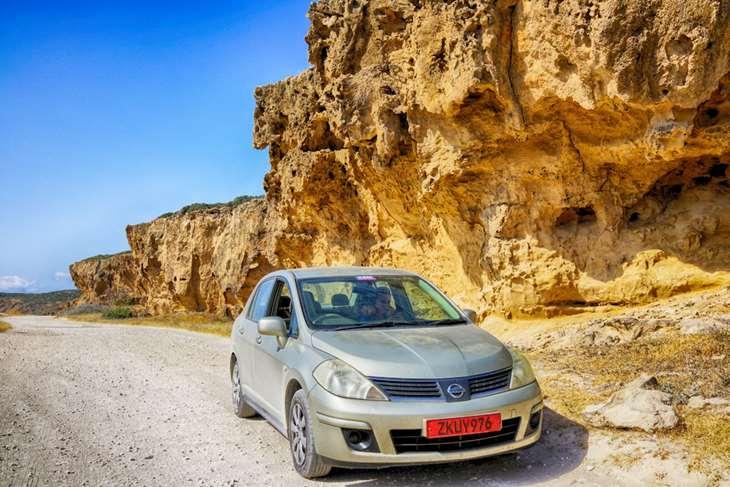 Арендованые авто с красными номерами на Кипре