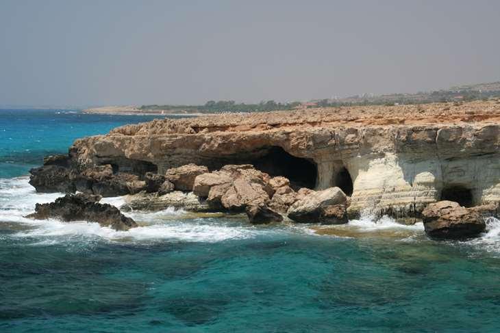 Гроты и пещеры на мысе Греко