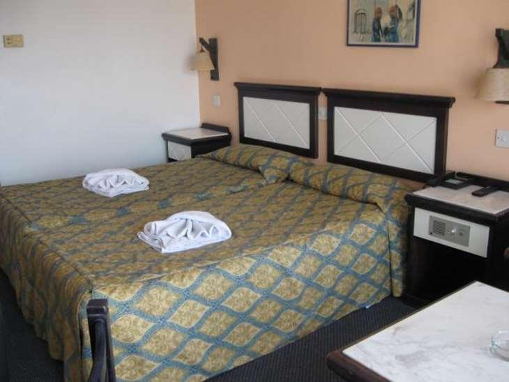 Номер отеля Navarria Hotel 3*