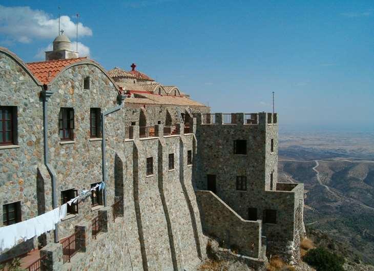Действующий монастырь на Кипре
