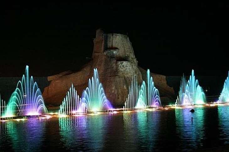 Поющие фонтаны в Протарасе