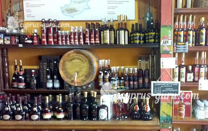 витрина винного магазина