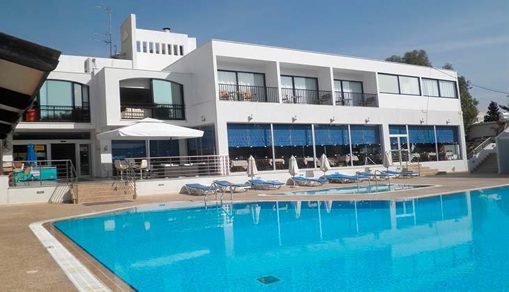 15 лучших отелей Кипра для семейного отдыха с детьми